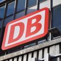 Die Deutsche Bahn partnert mit der TU Chmenitz für ein digitales Bahn-Testfeld (Logo: DB)